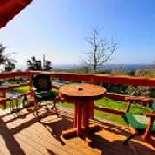 Die Casa Inspiracores befindet sich am Ortsrand von Ginetes am Fuße des Kraters Cete Cidades, die mit über 12 km Umfang größte Caldeira der Azoren, im Westen der Insel Sao Miguel/Azoren