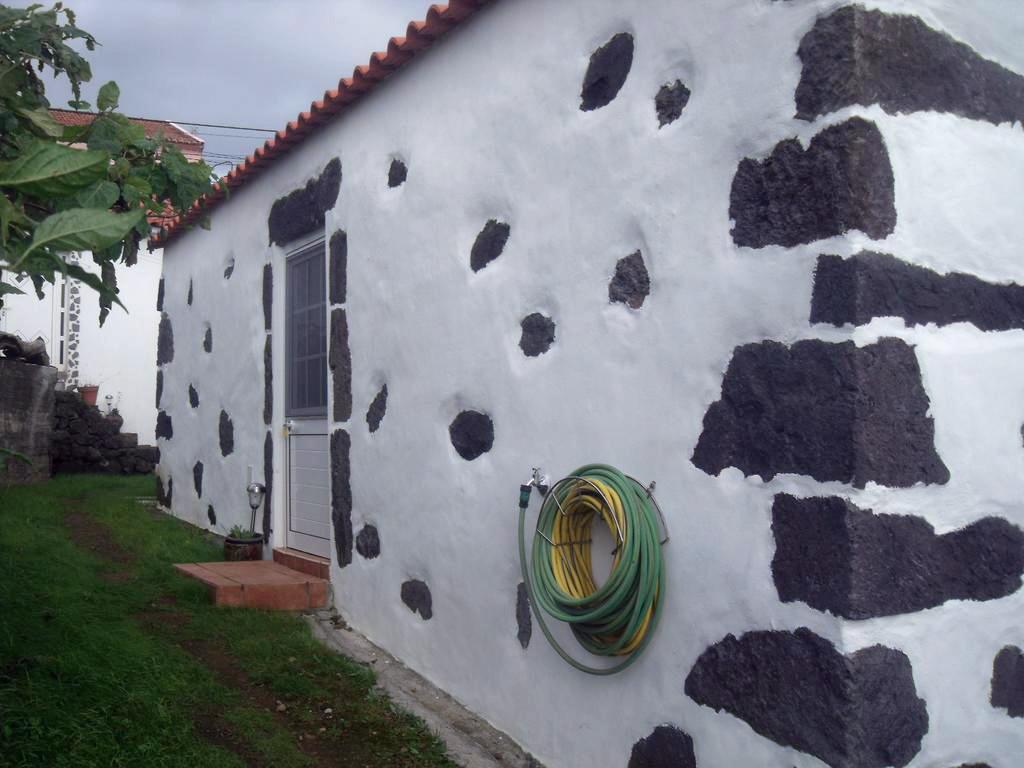 Haus-Front.jpg