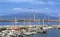 Die Marina in Horta auf Faial, Azoren