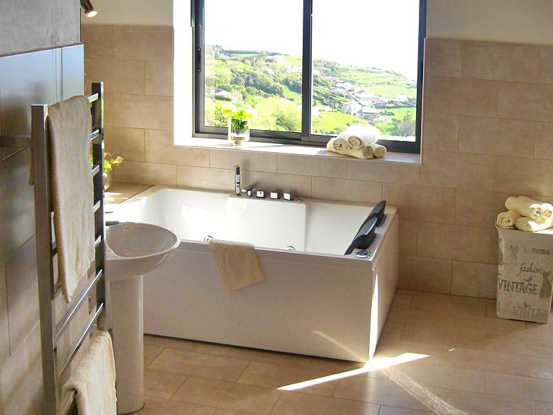 bv2-badezimmer-bath.jpg