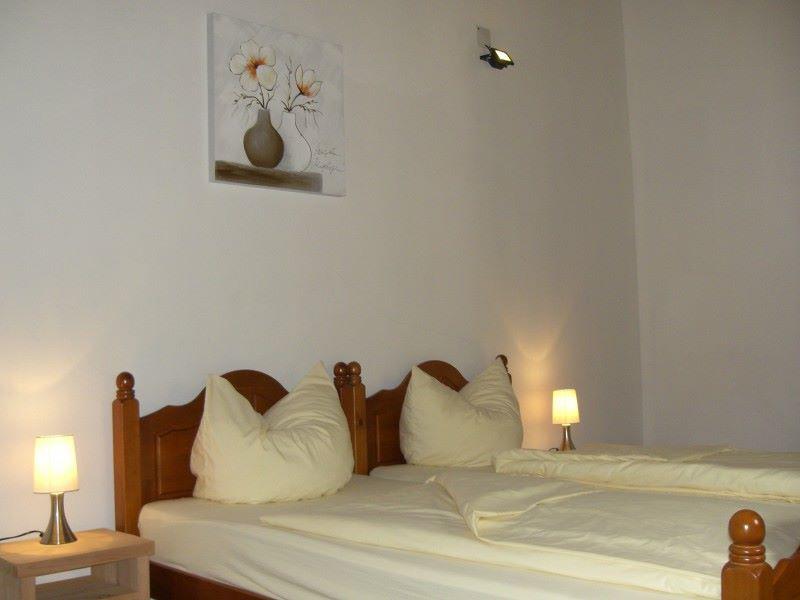 bv2-bedroom-detail.jpg