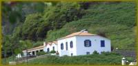 Das ländliche Anwesen Casa Forno auf Santa Maria/Azoren bietet Platz für 6 Personen.